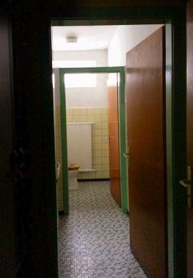 WC Frauen in 1 Stock