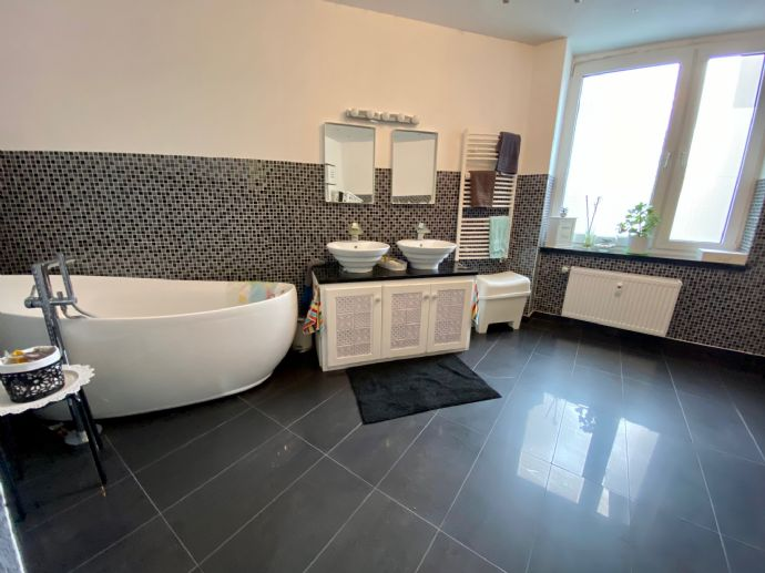 Traum Wohnung mit Luxus Badezimmer -