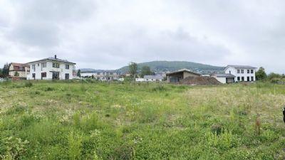 Der Grundstein für Ihr Eigenheim –attraktives Baugrundstück im zentral gelegenen, ruhigen Wohngebiet
