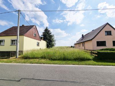 unbebautes Grundstück inmitten der Ortslage