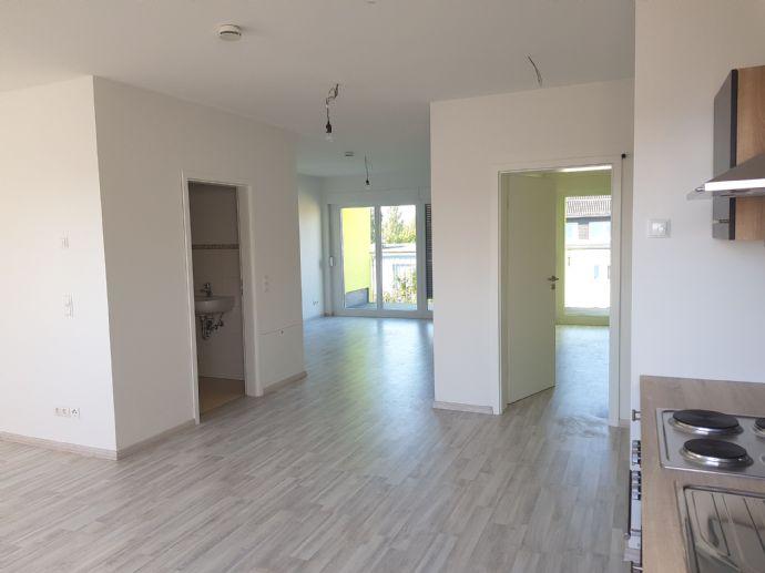 LOFT in Treptow: 2 Zimmer, 65qm, FBH, 2 Loggien/ Balkone, Laminat, hell, Top Infrastruktur, ruhig, HTW Nähe, solarunterstützt, Aufzug