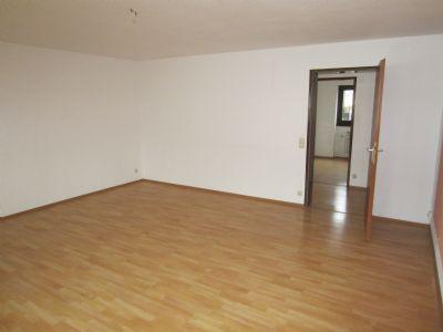 stadtnahe 3 zi wohnung in kleiner wohneinheit wohnung albstadt 2cdh34x. Black Bedroom Furniture Sets. Home Design Ideas