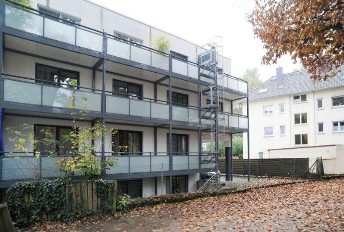 günstiger Restposten - flexible Kündigungsfristen - 2 Zimmer-serviced HOMEFORTIMES-App.,Nähe Messe