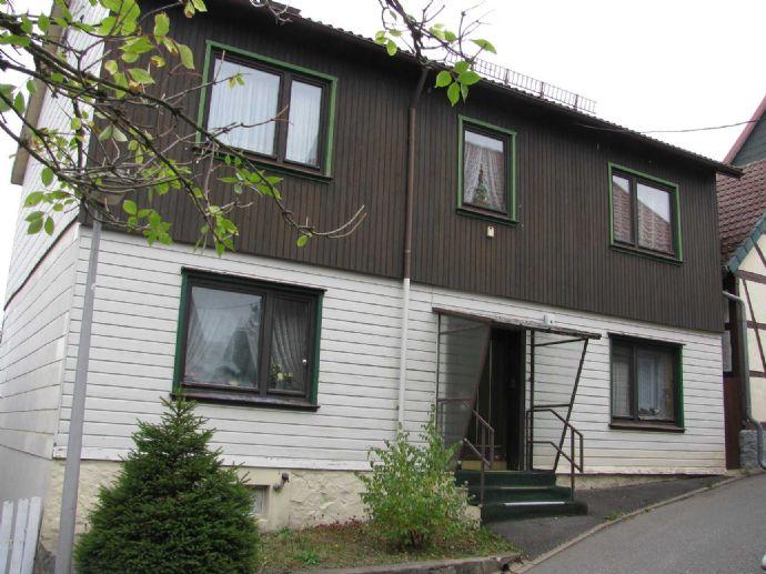 ROLOFF-IMMOBILIEN: 1 - 2 Familienhaus im Oberharzer Kurort Braunlage/Hohegeiß, innerörtlich Lage, nahe Kurpark