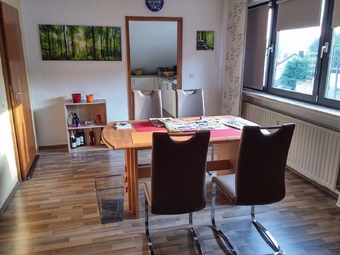 Helle, gemütliche DG-Wohnung in Uninähe