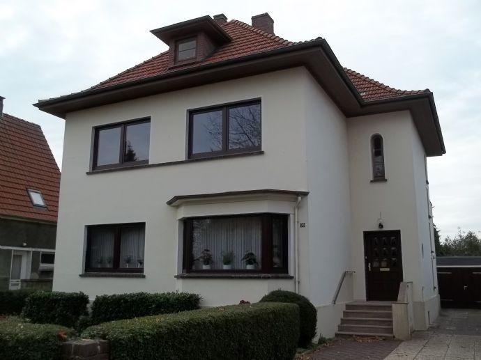 Gepflegtes Zweifamilienhaus in Nordenham City-Süd