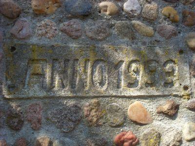Inschrift am massivem Grill