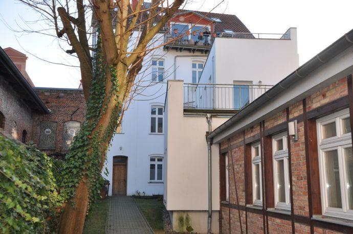 ab sofort, 3-Zimmer Wohnung, Hochparterre im Herzen der Stralsunder Altstadt