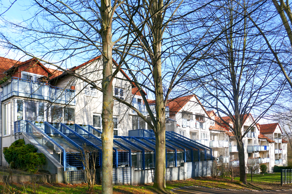 Lohfelden: Sofort freie Dachstudiowohnung mit Balkon
