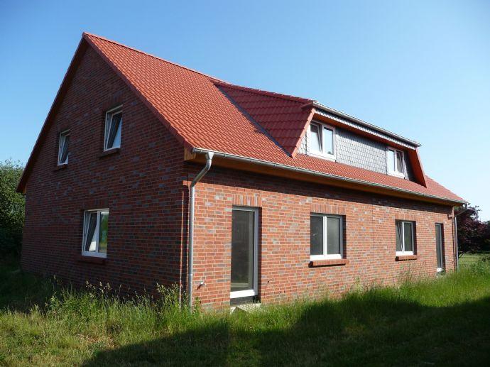 Doppelhaushälfte in Uetze, Neubau KfW-70, Bj.2019