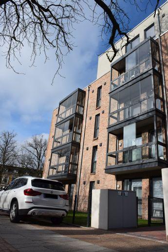 ERSTBEZUG: Ruhige 2-Zimmer-Wohnung (2.OG) in Bahrenfeld (Besichtigung 21./22. Feb)