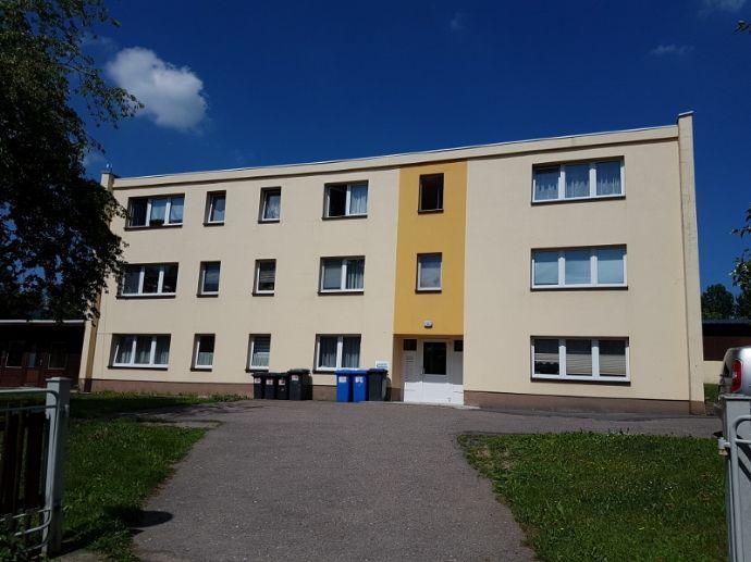 3- Raumwohnung in sonnig und ruhiger Lage ( Stellplatz am Haus )
