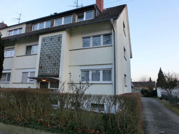 1 Zimmer Erdgeschosswohnung mit Terrasse in Karlsruhe