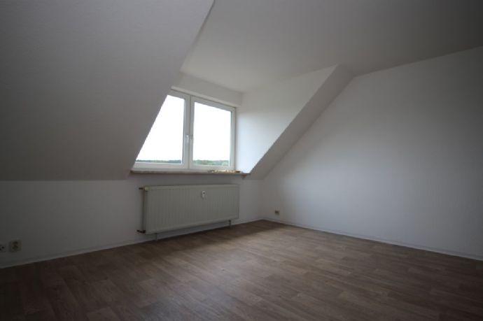 **Gemütliche Dachgeschosswohnung zu vermieten**