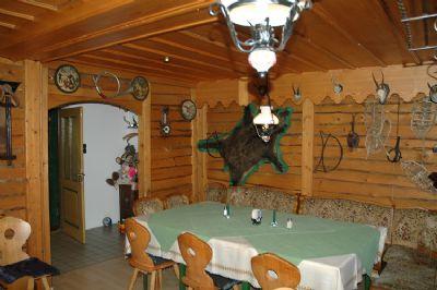 Ein beliebter Gastraum für kleinere Feiern!