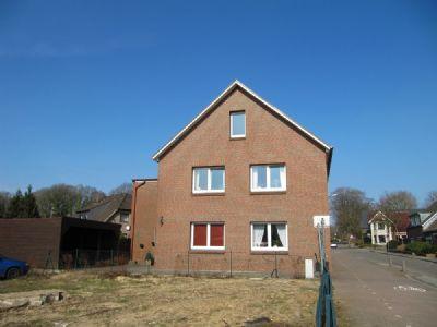 Haus mit Doppelcarport