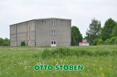 Grundstück + Gebäude schräg