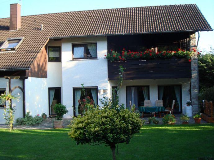 951_1*1 Familienhaus mit ELW*ca.262m² Wfl.*ca.900m² Grdst.*DG*Beckingen - OT*