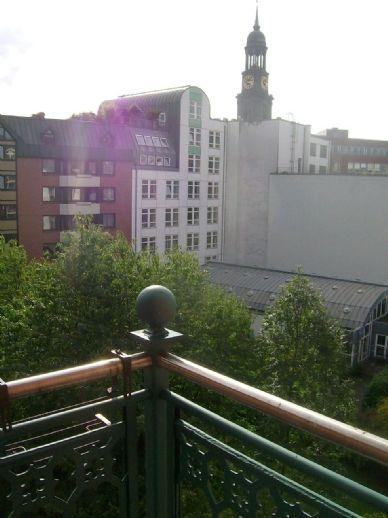 ** Bestlage in Hamburg Neustadt, Großneumarkt: Wohn- und Geschäftshaus, ca. 815 qm, renoviert **