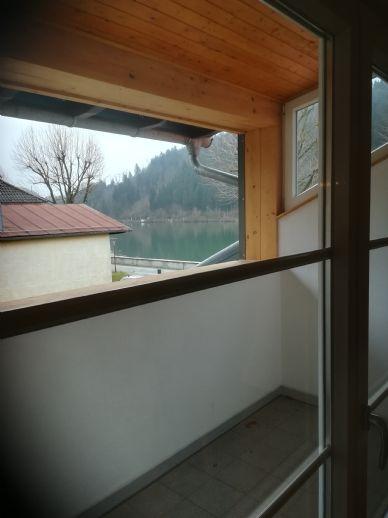 3-Zimmer-DG-Wohnung, Erstbezug, Kochen mit Blick auf die Donau, zentral in Obernzell