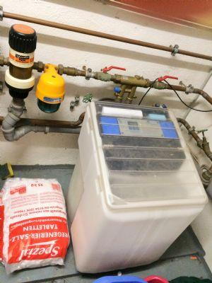 Wasser-Enthärtungsanlage