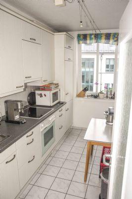 eigentumswohnung mit balkon keller und garage. Black Bedroom Furniture Sets. Home Design Ideas