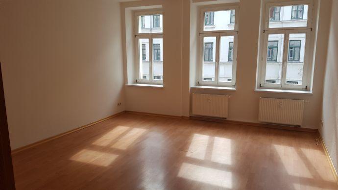 3-Zimmer-Wohnung mit Balkon in Leipzig Stötteritz