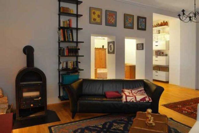 Stilvoll möblierte Wohnung mit Loft-Charakter im Bilker Viertel Düsseldorfs