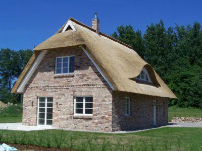 reetdachhaus bauen als ob wir unser eigenes bauen. Black Bedroom Furniture Sets. Home Design Ideas