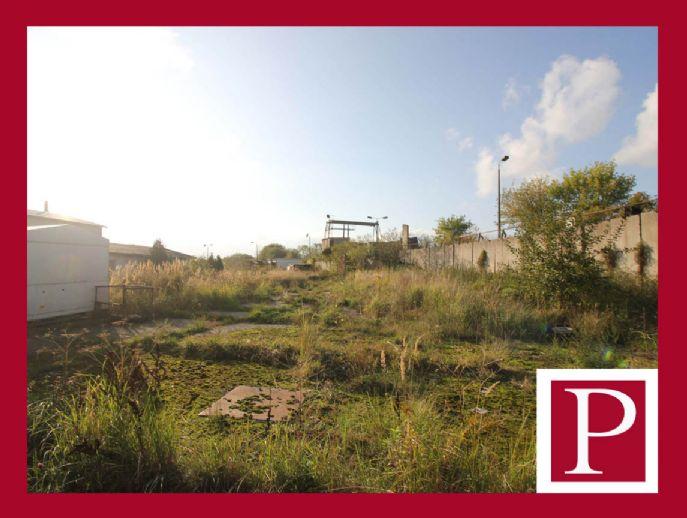 *TOP* Großes Grundstück mit flexiblen Entwicklungsmöglichkeiten!