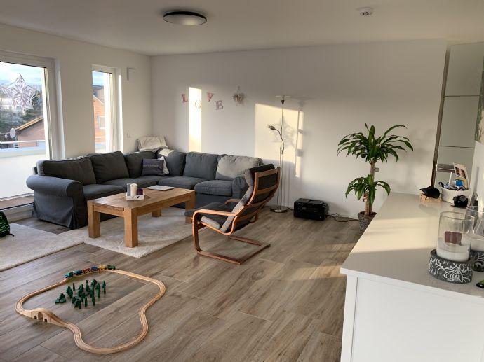 Wunderschöne Penthouswohnung in Baesweiler - Oidtweiler zu vermieten!!