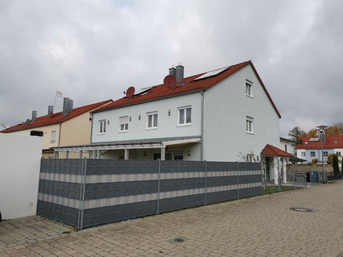 Schöne DHH in ruhiger Wohnsiedlung - Unterhaunstadt --ideal für Familien-- von PRIVAT