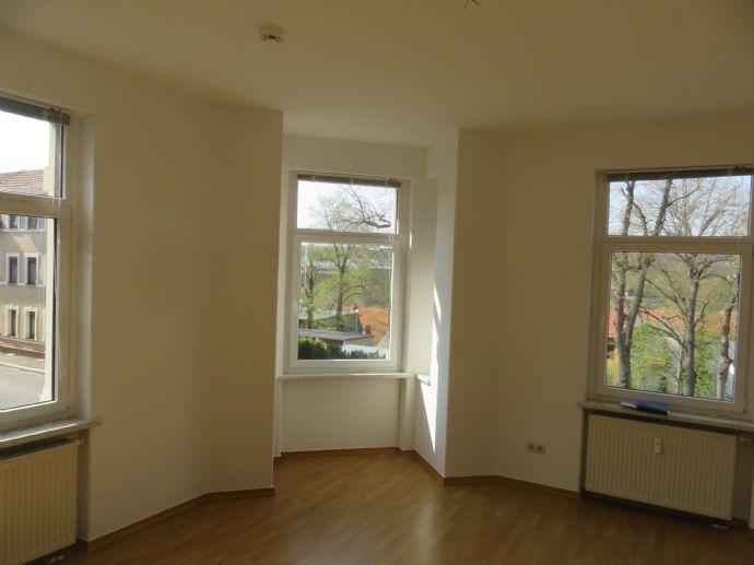 Sanierte 1,5 Raum-Wohnung (Hochpart.) in Stadtvilla von Pößneck