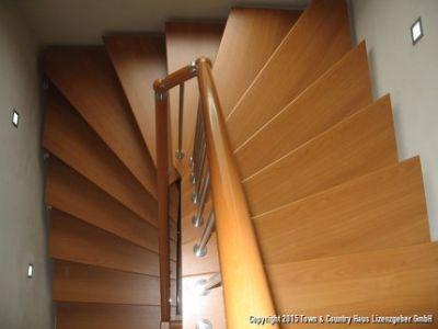 mögliche Treppe ins OG