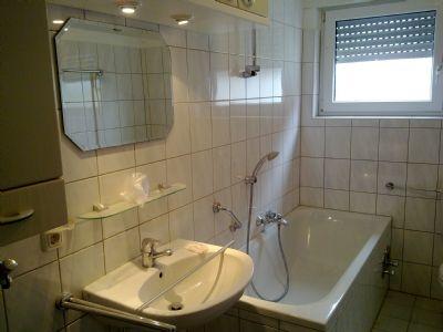 xxx helle freundliche wohnung in ruhiger lage xxx etagenwohnung r sselsheim 22lft4g. Black Bedroom Furniture Sets. Home Design Ideas