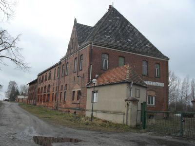 Fabrikgebäude