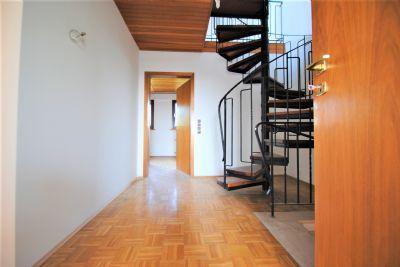 einfamilienhaus in kaarst vorst zu vermieten ideal f r familie mit kinder komplett renoviert. Black Bedroom Furniture Sets. Home Design Ideas