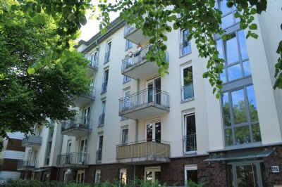 Familienfreundliche Wohnung mit zwei Terrassen in Wandsbek