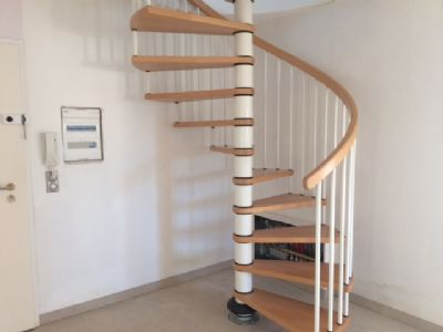 Wendeltreppe in das Obergeschoss