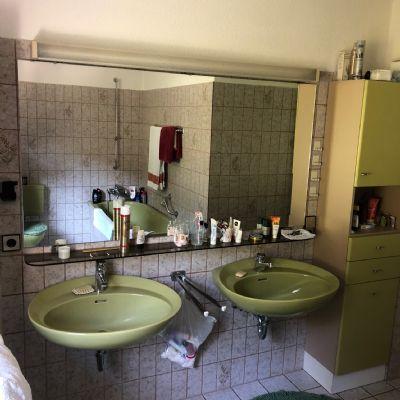 als kapitalanlage oder zur selbstnutzung mehrfamilienhaus. Black Bedroom Furniture Sets. Home Design Ideas