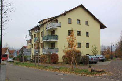 single wohnung mosbach Mosbach [mosbaχ, moːsbaχ] ist eine stadt im norden baden-württembergs, etwa 34 km nördlich von heilbronn und 58 km östlich von heidelberg sie ist die kreisstadt und größte stadt des neckar-odenwald-kreises sowie ein mittelzentrum für die umliegenden gemeinden seit dem 1 juli 1976 ist mosbach große.