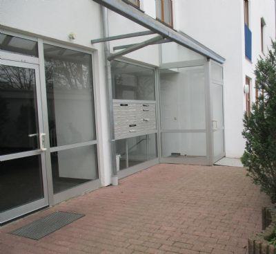 Klasse Kapitalanlage! Gut vermietete attraktive 2 ZW in Egelsbach zu verkaufen.Nur 129000 Euro inklusive Garage