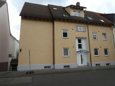 PROVISIONSFREI: 2-Zimmer-Wohnung im 1. OG in Hanau-Großauheim, Bahnhofstraße