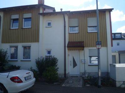 Tolle Doppelhaushälfte in St. Ingbert auf dem Hobels zu verkaufen!