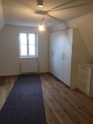 topsanierte luxuswohnung direkt in der n rdlinger altstadt mit balkon etagenwohnung n rdlingen. Black Bedroom Furniture Sets. Home Design Ideas