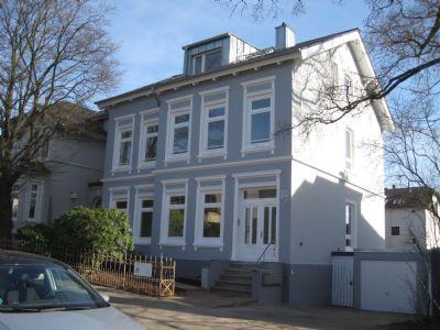 sch ne 2 5 zimmer dachgeschoss wohnung im villenviertel von hamburg bergedorf etagenwohnung. Black Bedroom Furniture Sets. Home Design Ideas