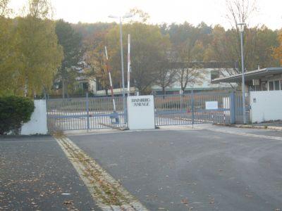 Einfahrt Kaserne (früher)