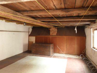 Bild 39 Dachboden über Sommerküche/Dusche
