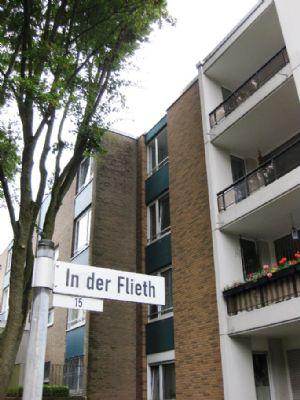 d sseldorf arbeiten in der city wohnen im gr nen etagenwohnung d sseldorf 2bkx44v. Black Bedroom Furniture Sets. Home Design Ideas