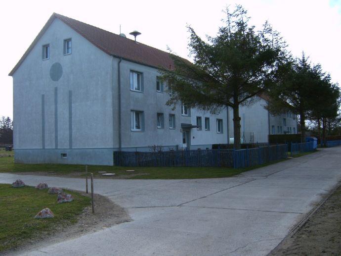 2 Raum Wohnung in Behrenwalde